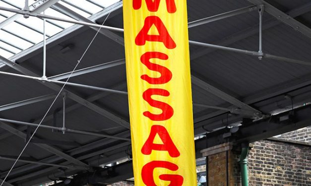 Custom Hanging Banners – Very Affordable Way of Promoting Your Business