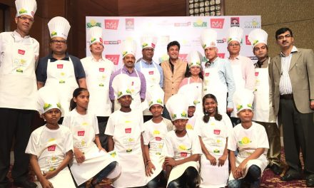 """Smile Foundation and Chef Vikas Khanna hosts """"Cook for a Smile"""""""
