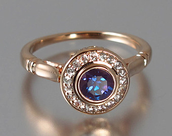 Gemsny.Com Offers a Unique Collection Of Alexandrite Rings at Unbeatable Prices