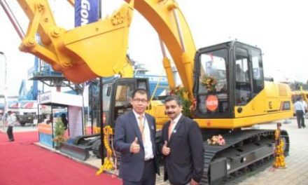 LiuGong India Launches All NEW 921D I Excavator & 611Compactor