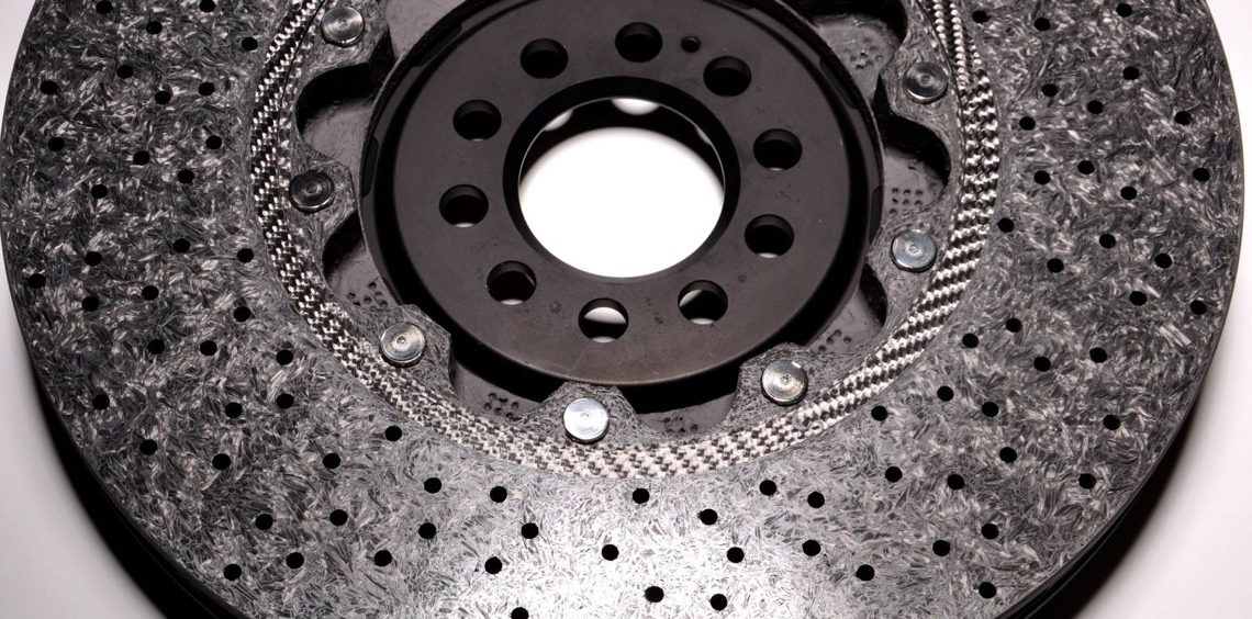 Simply restore particularly heavily used ceramic brake discs